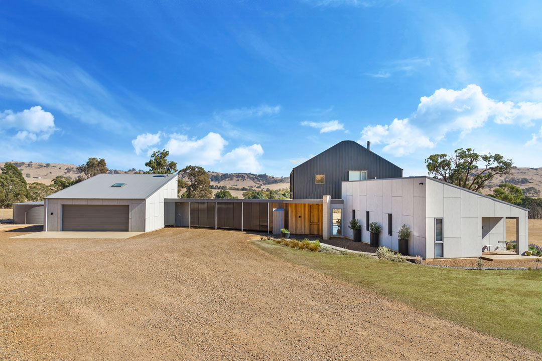 Hedger Constructions contemporary  home with multiple wings