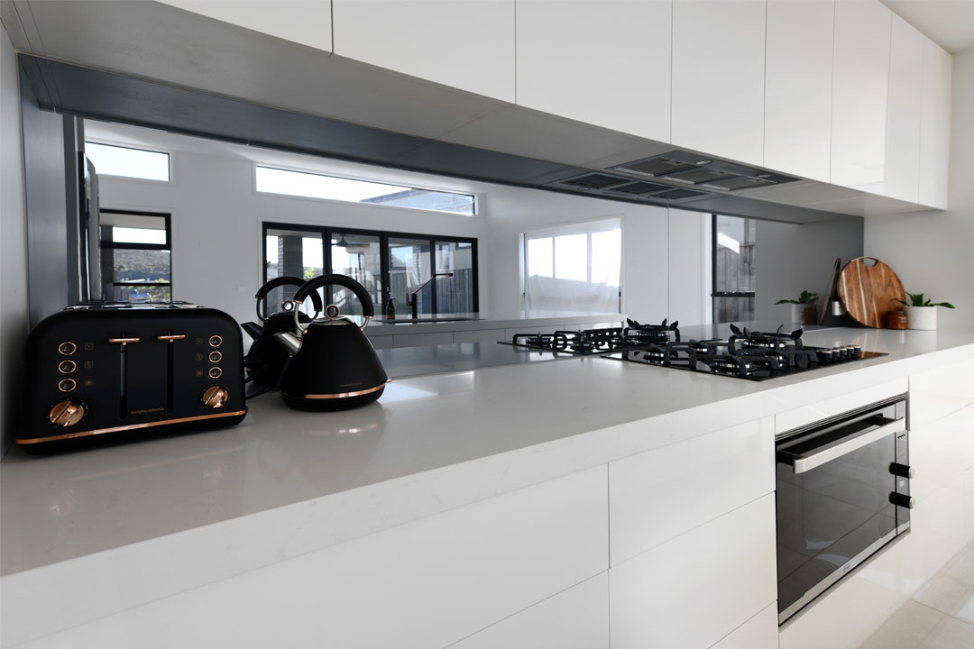 Kitchens U Build BLUMOTION TANDEMBOX Blum award winning kitchen installation company Melbourne